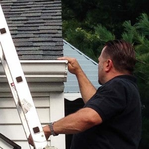 Jay Brzezinski, a certified ASHI Home Inspector in Cleveland